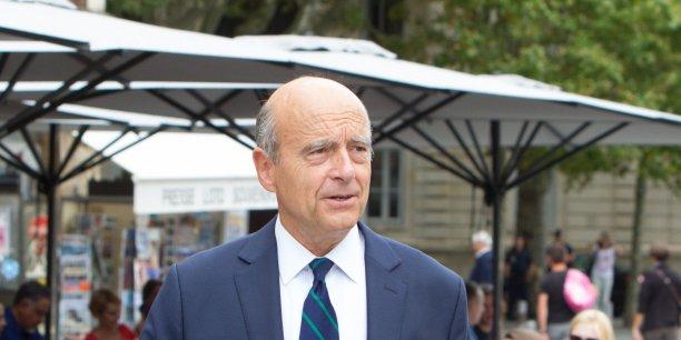 Alain Juppé s'interroge sur la frénésie législative du gouvernement.