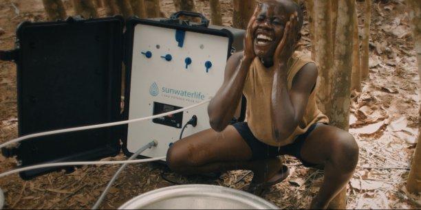 Le dispositif SunWaterLife dans un village de Côte d'Ivoire.