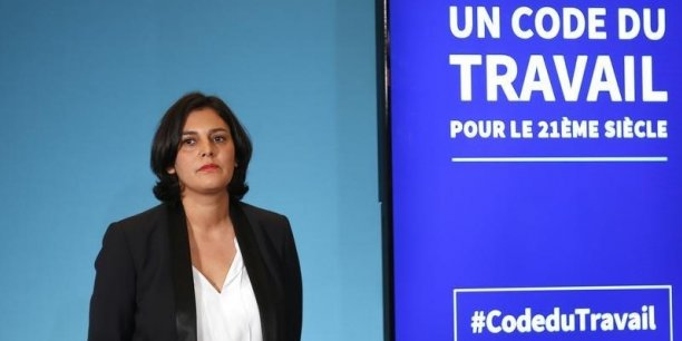 Ce jeudi 25 février, une initiative -inédite- a ainsi vu le jour dans la communication du gouvernement Valls: celle du premier compte Twitter certifié dédié à ... une loi.