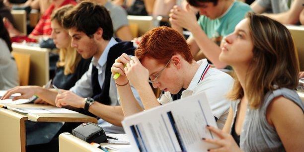 Les jeunes Français étudiant en Suisse évoquent principalement deux critères: l'accessibilité et la proximité.