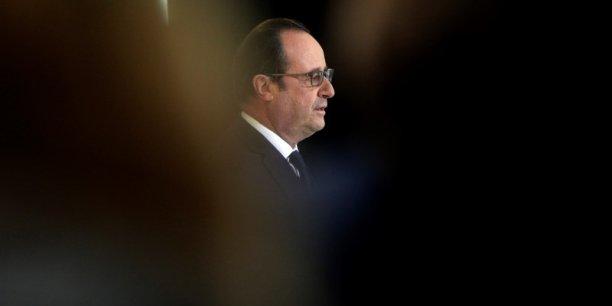 François Hollande serait battu dès le premeir tour de l'élection présidentielle par Nicolas Sarkozy ou Alain Juppé mais aussi par Marine Le Pen.