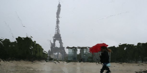 En termes de dépenses consacrées à la prévention des effets du changement climatique, la capitale française remporte la palme avec 510,4 euros par Parisien.