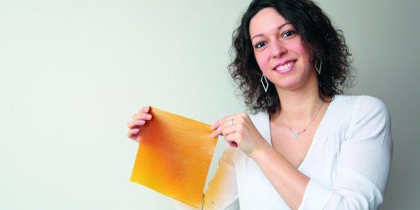 Caroline Cochet présente un de ses Folions