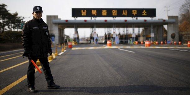 Cette présence se limite essentiellement au secteur touristique du mont Kumgang et à la zone industrielle conjointe de Kaesong, à laquelle Séoul a cessé de coopérer le mois dernier, après l'essai nucléaire du 6 janvier et le tir d'une fusée assimilé à un test de missile à longue portée.