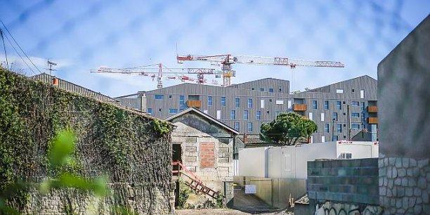 Cette flambée des prix des parcelles à construire dans la Métropole est un autre facteur déstablisateur.
