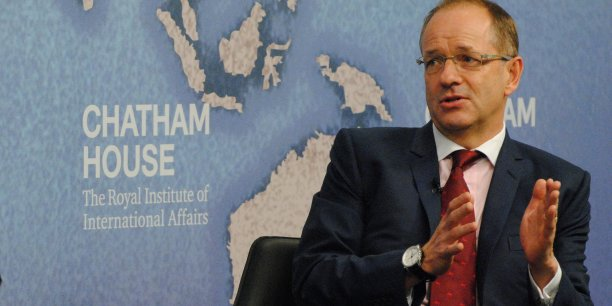 Andrew Witty lors d'une table ronde à la Chatham House en octobre 2015.