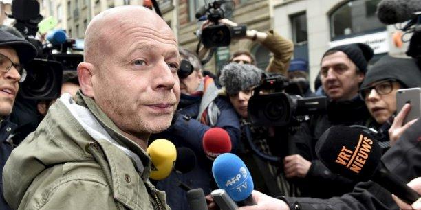 Selon l'avocat de Salah Abdeslam, le Procureur de la République française aurait violé le secret de l'instruction en divulguant samedi le projet de son client de se faire exploser au Stade de France le 13 novembre dernier.