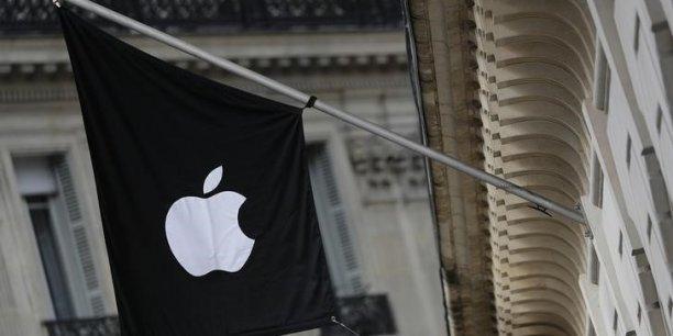 Selon le rapport, Apple figure en tête des entreprises les plus friandes de l'évasion fiscale et aurait stocké 181 milliards dans des paradis fiscaux.