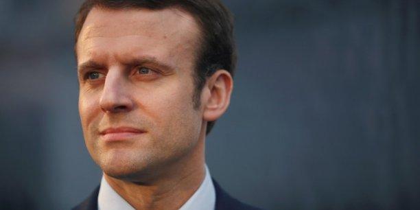 Emmanuel Macron a fondé un mouvement qui ne sera ni de droite, ni de gauche. Une bonne idée ?