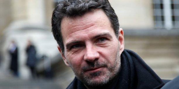 « Je garde espoir, je suis plus que jamais confiant », a déclaré Jérôme Kerviel, lundi 21 mars, après le sursis à statuer décidé par la commission d'instruction de la Cour de révision.