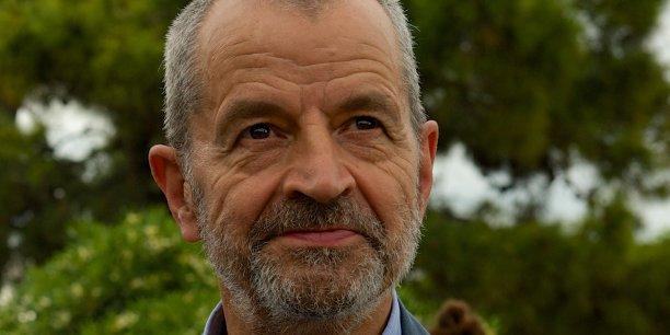 François Letourneux est ingénieur agronome, ingénieur du génie rural des eaux et des forêts. Il préside également la Fête de la nature, événement national et grand public, qui se déroule une fois par an, du 18 au 22 mai cette année.