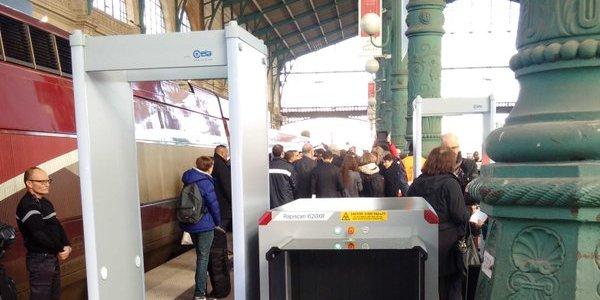 Le bilan de l'expérimentation des portiques sur les quais des Thalys de Gare du Nord sera établi dans quelques semaines.