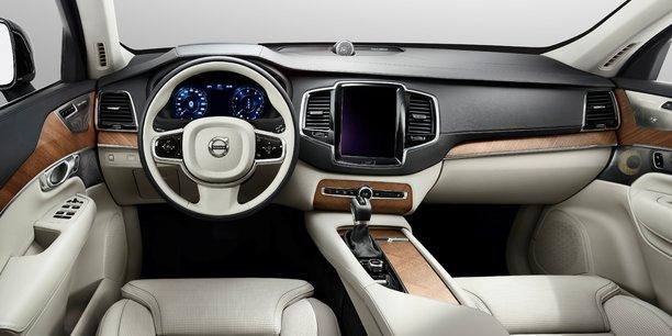 Volvo, qui appartient au groupe chinois Geely, a précisé qu'il livrerait des SUV XC90 entre 2019 et 2021, aux termes d'un accord non exclusif signé en 2016.