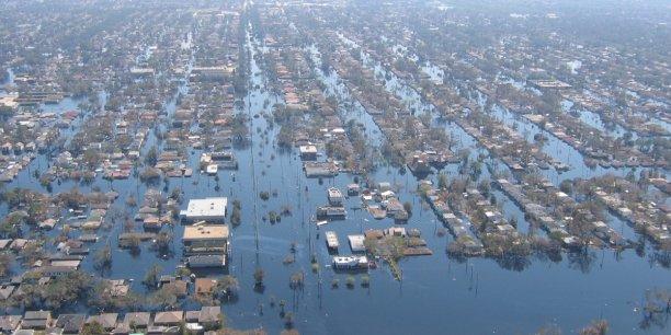 Le changement climatique devrait multiplier les inondations dans les villes côtières.  [NOAA Photo Library/Flickr] (Photo: le 11 septembre 2005, la Nouvelle-Orléans sous les eaux après le passage de l'ouragan Katrina)