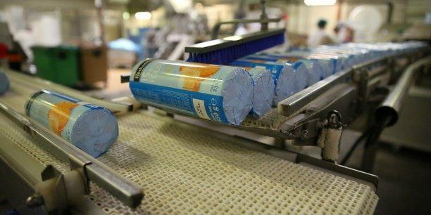 Poult produit des biscuits pour les marques de grande distribution.
