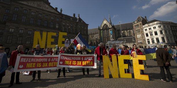 Le 6 avril 2016, 32% des Néerlandais ont participé au referendum sur l'accord UE-Ukraine.