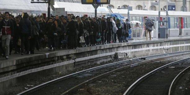 L'appel des syndicats CGT et SUD entrainera des perturbations mercredi. La SNCF prévoit un TER sur deux, 40% des Intercités, deux TGV sur trois et, en Ile-de-France, 3 RER sur 4.