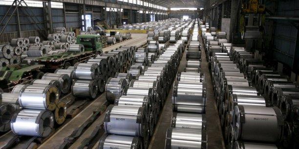L'exécutif européen a présenté le 15 mars une série de mesures visant l'acier chinois dont un mécanisme de protection censé se déclencher si les importations augmentent fortement.