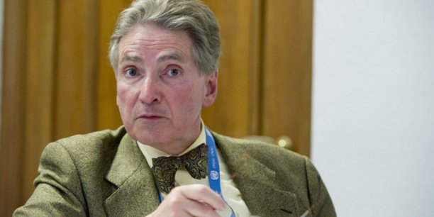 Alfred de Zayas, expert indépendant, a été auditionné par la commission des affaires légales et des droits de l'homme du Conseil de l'Europe le 19 avril 2016.