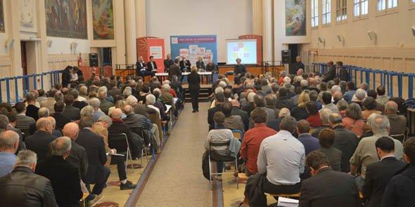 Près de 200 personnes ont pris part aux débats