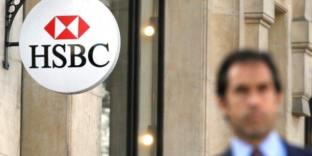 NatWest a fermé 638 agences au Royaume-Uni depuis 2015, HSBC 440 agences, Lloyds Bank 366 et Royal Bank of Scotland 350, selon le recensement de l'association de défense des consommateurs Which?.
