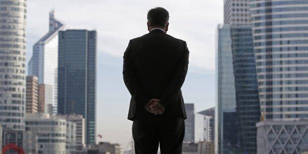 La part des dirigeants de nationalité française dans les grandes entreprises s'accroît, contrairement à la Grande-Bretagne qui a vu cette part diminuer depuis les dix dernières années.