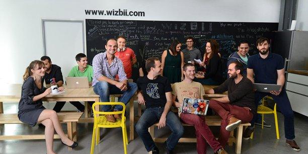 L'équipe de Wizbii autour de Benjamin Ducousso.