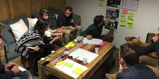 Waoup organise des marathons de l'innovation pour réveiller le côté intrapreneur de chacun.
