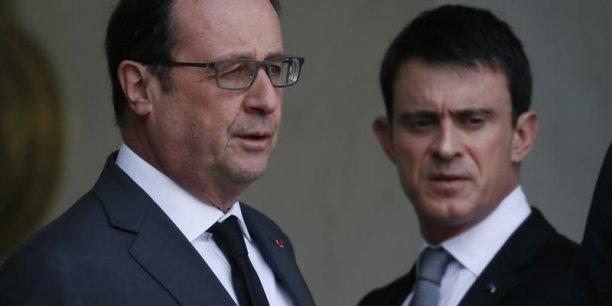 Selon les sondages, François Hollande et Manuel Valls ont soit gagné en popularité, soit perdu des points.