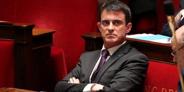 Manuel Valls explique qu'il ne faut jamais renoncer à un moyen constitutionnel à propos du 49-3.