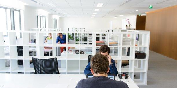 Groupe Créative est spécialisé dans la création de logiciels et de services numériques sur mesure pour les entreprises en transition numérique.
