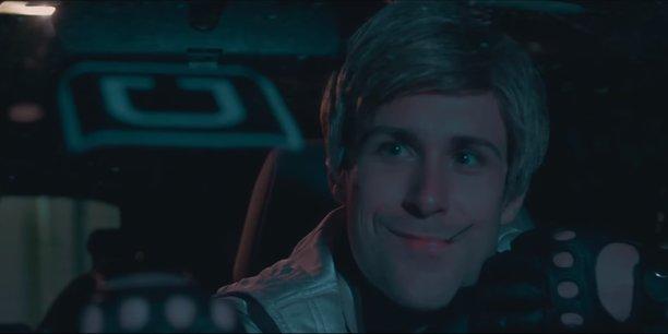 Comédien américain, Joey Thomson est reconnu pour sa ressemblance avec l'acteur Ryan Gosling.