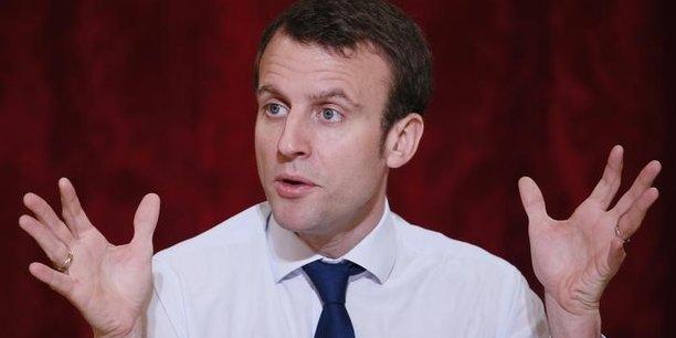 Emmanuel Macron ne s'interdit pas de vendre une partie des 23% de l'Etat dans Orange.