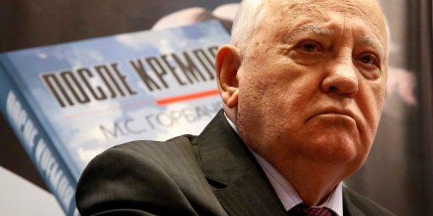 Ne comprennent-ils vraiment pas à Washington ce à quoi cela pourrait conduire (de se retirer du traité sur le contrôle des forces nucléaires à portée intermédiaire ?, a déclaré l'ancien numéro un soviétique Mikhail Gorbatchev à l'agence de presse russe Interfax.
