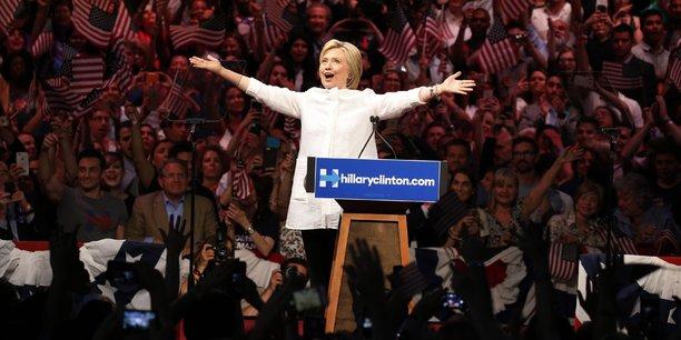 C'est la première fois dans l'histoire de notre pays qu'une femme est investie par un des grands partis, s'est réjouie Hillary Clinton devant ses partisans réunis à Brooklyn, dans la ville de New York.