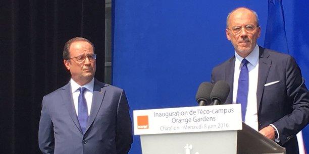 François Hollande a profité de l'inauguration d'Orange Gardens pour réaffirmer le soutien de l'Etat à Orange, qui s'est de son côté engagé à accélérer le déploiement du haut et du très haut débit pour réduire la fracture numérique.