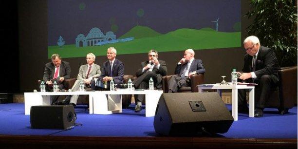 Claude Malhuret (sénateur-maire de Vichy), Jean-Dominique Senard (Michelin), Laurent Wauquiez (Auvergne Rhône-Alpes), Olivier Bianchi (Clermont Communauté), Jean-Yves Foucault (Limagrain)