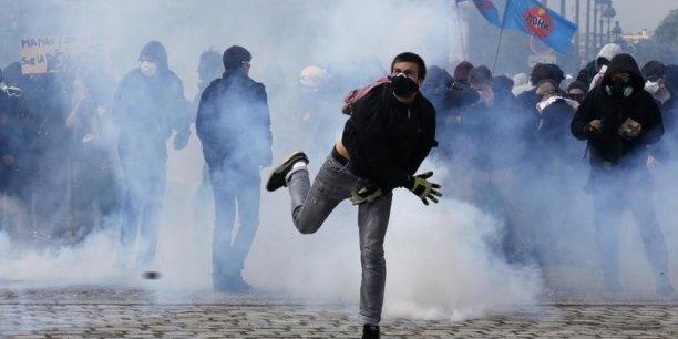La France va mieux ? Les conflits sociaux actuels relativisent les propos du chef de l'Etat. Le rapport du CESE également.