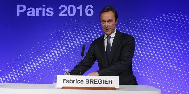 Pour Fabrice Brégier, Pdg d'Airbus, il faut utiliser des nouvelles technologies, notamment numériques, dans le développement des programmes et de la production. C'est un axe majeur sur lequel insiste à juste titre Tom Enders, le président d'Airbus Group, depuis plus d'un an.