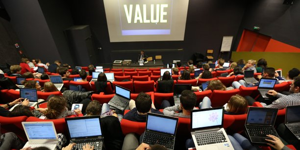 Des séminaires étaient organisés par TBS pour pemettre aux étudiants d'appréhender les nombreux enjeux du big data