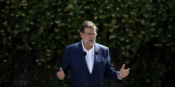 Mariano Rajoy peut célébrer une victoire électorale en Espagne, mais n'est pas encore sûr de rester à la Moncloa.