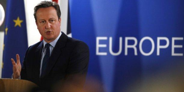 La Grande-Bretagne quittera l'Union européenne mais nous ne tournerons pas le dos à l'Europe, a dit le chef du gouvernement britannique, qui quittera son poste au plus tard le 9 septembre.