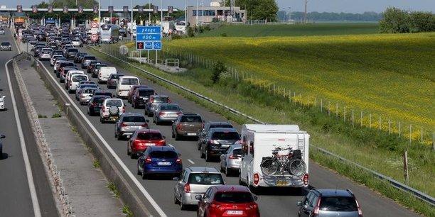 80% des navetteurs utilisent leur voiture pour aller travailler.