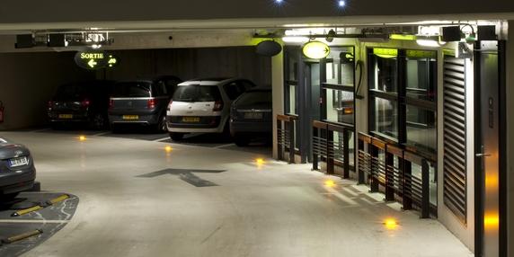 smart city lyon parc auto fait de l 39 il aux startups. Black Bedroom Furniture Sets. Home Design Ideas
