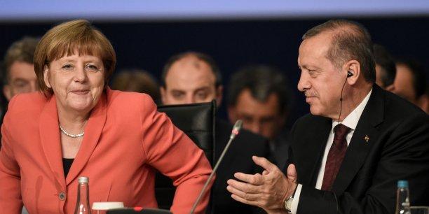 Angela Merkel ne peut plus ignorer les tendances autoritaires de Recep Tayyip Erdogan.
