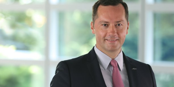 ATR est pénalisé par une très forte volatilité du prix du baril et par un dollar élevé, a expliqué le PDG d'ATR, Patrick de Castelbajac dans une interview accordé à La Tribune