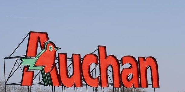 Le projet initial des deux groupes de distribution prévoyait notamment de voir Auchan reprendre les hypermarchés de Système U, tandis que Système U reprendrait les supermarchés Auchan.
