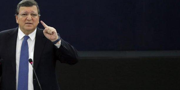 José Manuel Barroso, qui a présidé la Commission de 2004 à 2014, a été engagé par la banque d'affaires américaine pour la conseiller dans le contexte du départ du Royaume-Uni de l'UE