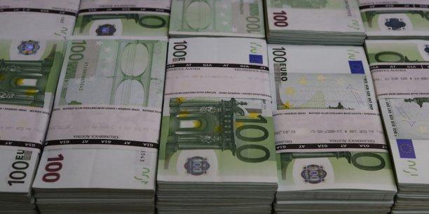 Des banques britanniques dont HSBC, la Royal Bank of Scotland (RBS), Barclays et Coutts auraient traité plus de 1.900 transactions - sur 70.000 - d'une valeur de 740 millions de dollars.