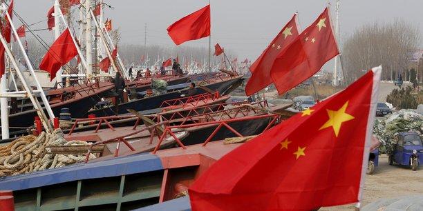 Des bateaux prêts à débuter la saison de pêche au printemps 2016, dans la ville portuaire de Lianyungang.